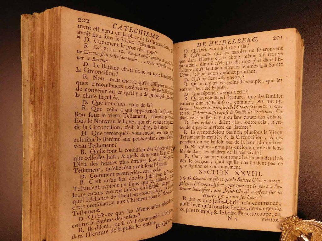Catecismo de Heidelberg en francés.
